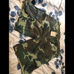 Men's camo cargo shorts brand new